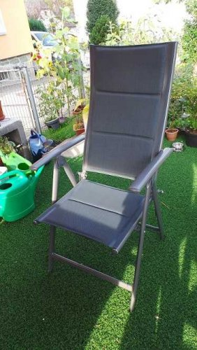 Test: Relaxdays Gartenstuhl Hochlehner, klappbar, Rückenlehne verstellbar, gepolstert, H x B x T: 108 x 55 x 74 cm, anthrazit