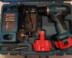 Makita 6271DWAE Akku-Bohrschrauber 12 V, 2 Akkus und Ladegerät