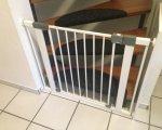 Türschutzgitter Test: Safety 1st 35023741 - Quick Close, praktisches Türschutzgitter ohne Bohren