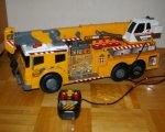 Dickie-Spielzeug 203729003 - Schwerlastkran mit Kabelfernsteuerung Heavy Weight Lifter